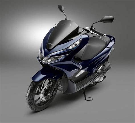 Pcx 2018 New by New Pcx 150 2018 Hybrid Right Kobayogas Your