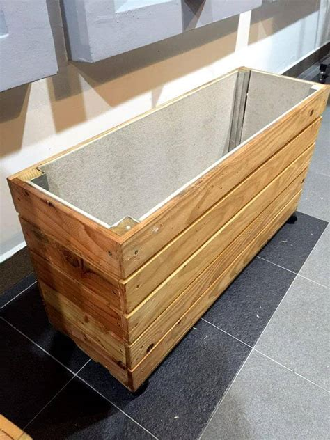 pallet planter boxes upcycled wood pallet planter box