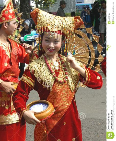 festival painting indonesia traditionally dressed editorial photo