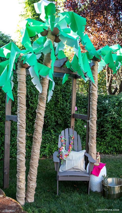 palm tree decorations 25 best ideas about palm tree crafts on luau