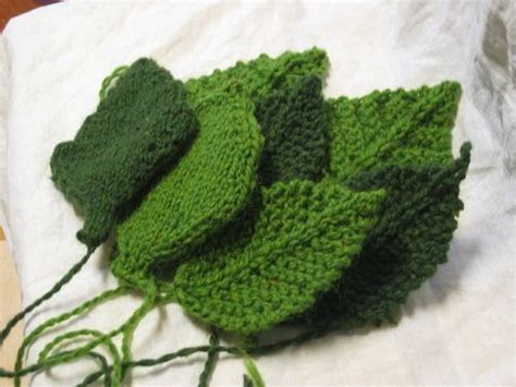 how to knit a leaf shape knitted leaves patterns yarn crafts
