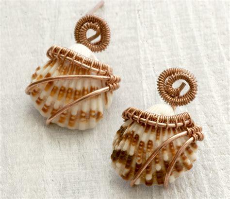 shells for jewelry all about handmade seashell jewelry utsavpedia