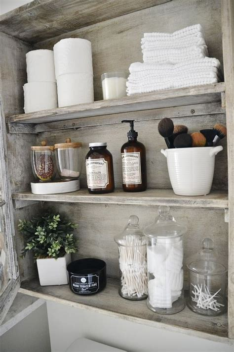 bathroom shelf idea 25 best ideas about bathroom shelf decor on