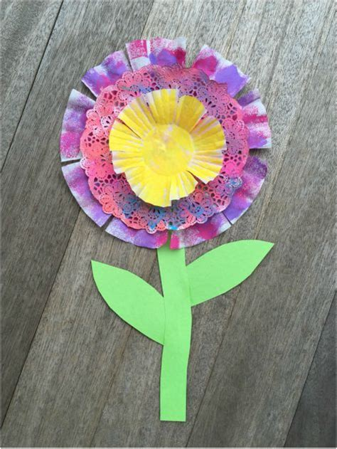 paper flower craft for preschoolers 17 best images about april bulletinn boards on