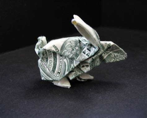 origami out of dollar bills amazing collection of origami made out of dollar bills