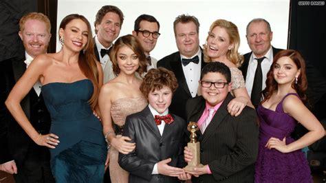 modern family cast show me the hlntv