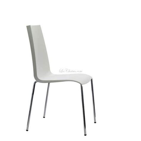 chaise pas cher et chaises pastiques chaises noir blanche vert orange