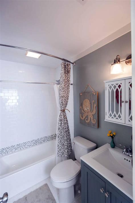 Before And After Small Bathroom Makeovers by Bathroom Makeovers Before And After Small Bathroom