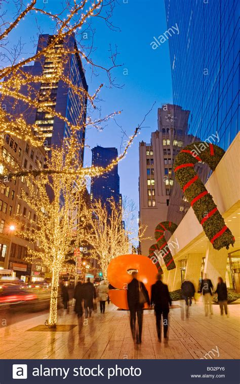 nyc decorations america s traditions travel leisure big