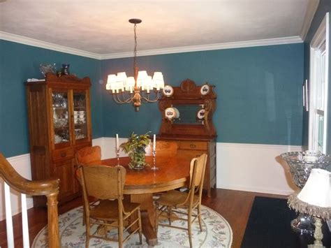 paint colors for dining rooms with chair rail 17 best images about dining room on chair