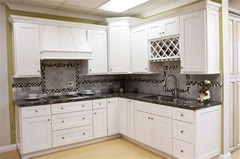 kitchen cabinets shaker style white white shaker kitchen cabinets home design traditional