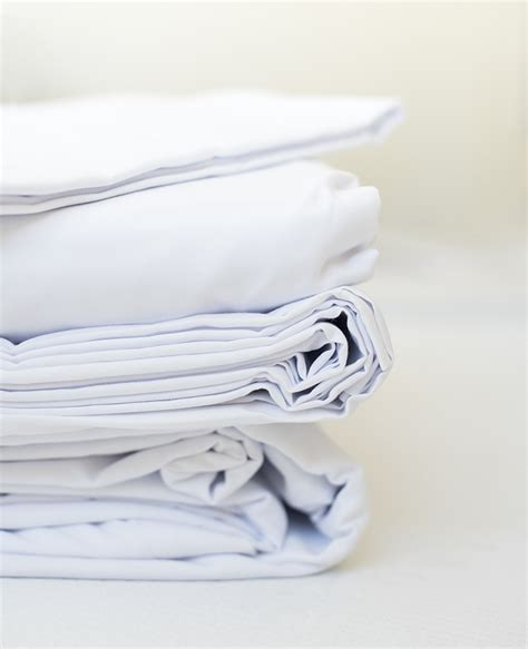 how to buy bed sheets tips for buying bed sheets a giveaway room for tuesday