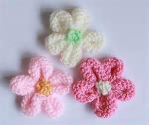 how to knit a flower for a baby hat the 25 best knitting projects ideas on