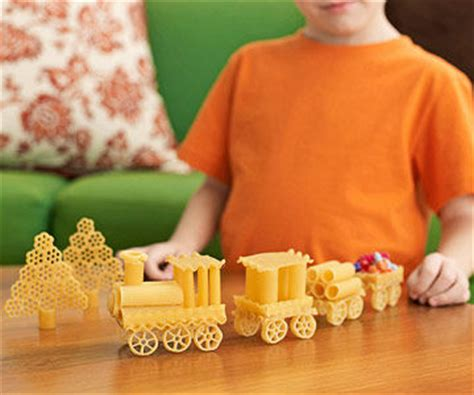 macaroni crafts for use your noodle 6 crafts to make with pasta