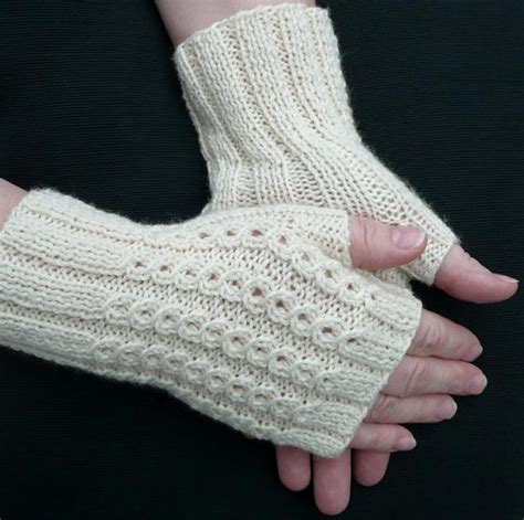 fingerless glove knitting pattern bonbons fingerless mitts knitting patterns and crochet