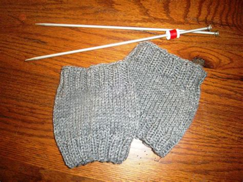 boot cuff knit pattern my honey bunch easy boot cuffs diy pattern