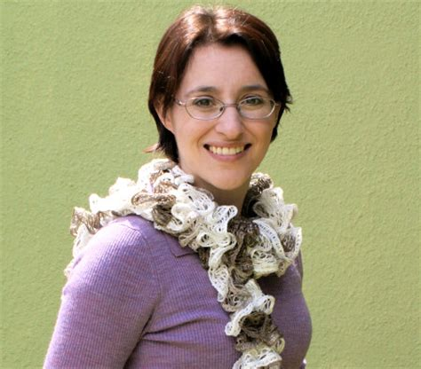 how to knit a frill spiral ruffle scarf knitting pattern designs patterns
