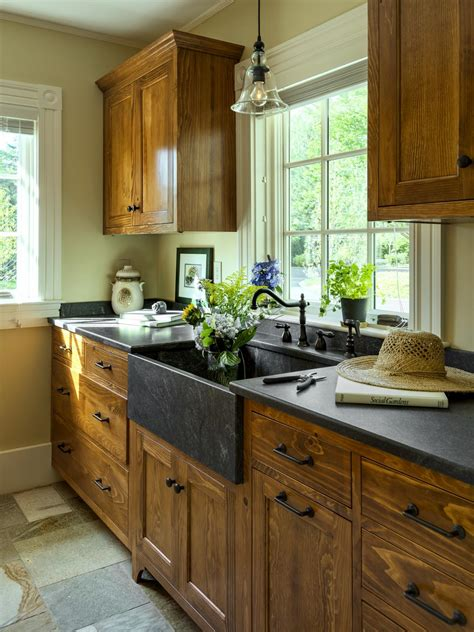 painting kitchen cabinets diy diy painting kitchen cabinets ideas pictures from hgtv