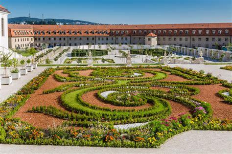 Der Garten Slowakei by Der Barocke Garten Bratislava Schloss Stockfoto Bild