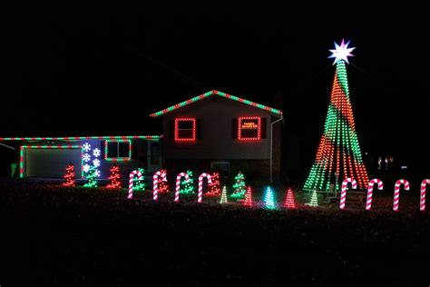 synchronized light display must see light displays in northeast ohio