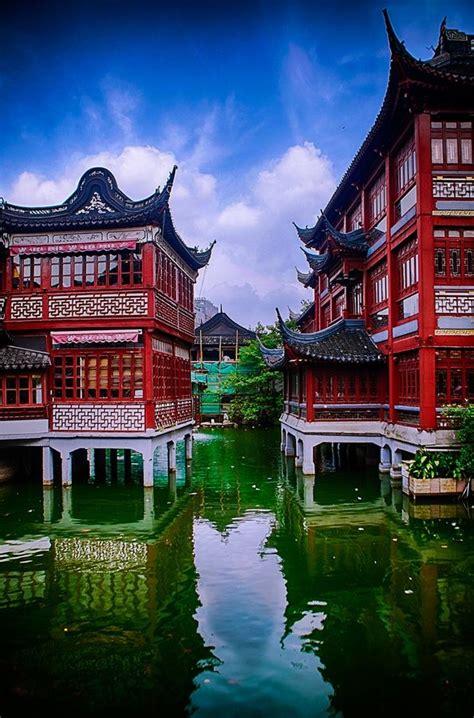 Der Yuyuan Garten der yuyuan garten mitten in der altstadt shanghai