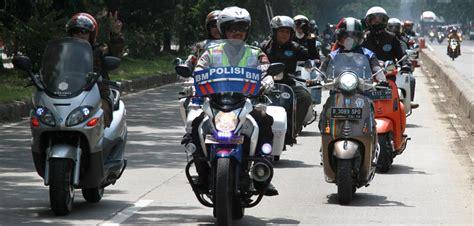 Modifikasi Vespa Di Bandung by Komunitas Kutu Vespa Gelar Program Safety Di
