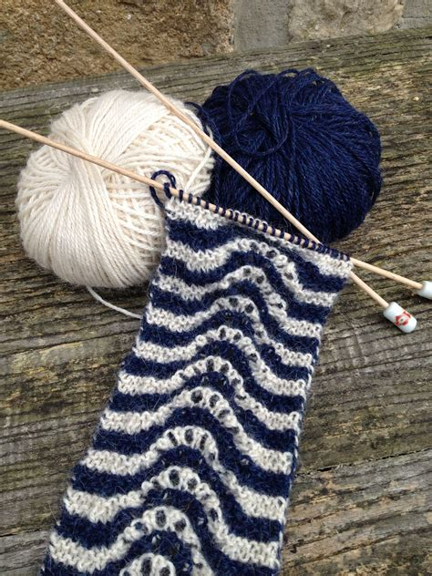 feather wool knitting patterns feather and fan scarf free knitting pattern welcome to