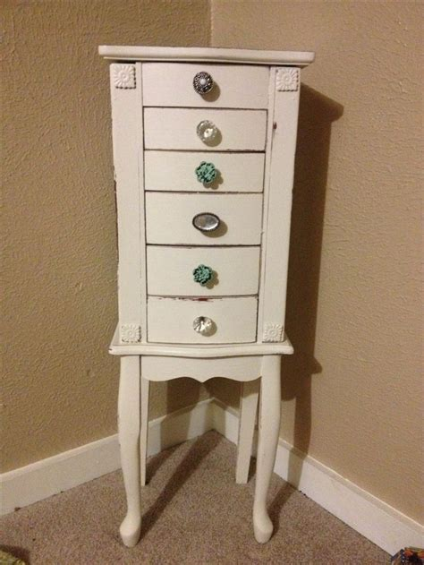 chalk paint jewelry box best 25 jewelry box makeover ideas that you will like on