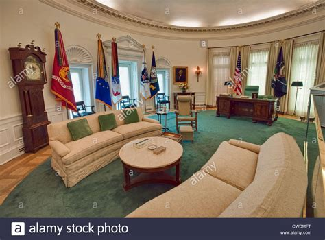 inside the oval office white house inside oval office www imgkid the