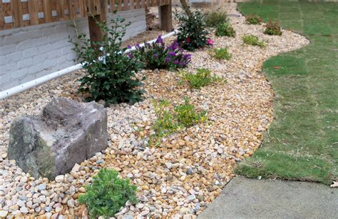 landscape rocks landscaping rocks and stones how to use landscaping rocks