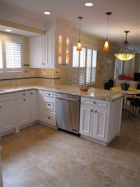 best tile for kitchen floor 25 best ideas about tile floor designs on