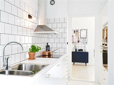 kitchen wall tile design kitchen subway tiles are back in style 50 inspiring designs