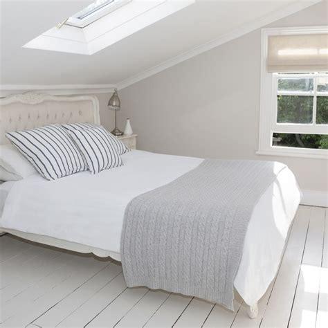 how to declutter your bedroom housekeeping