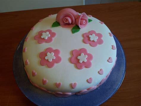 decoracion tartas fondant paso a paso tarta fondant paso a paso postrecetario by susana