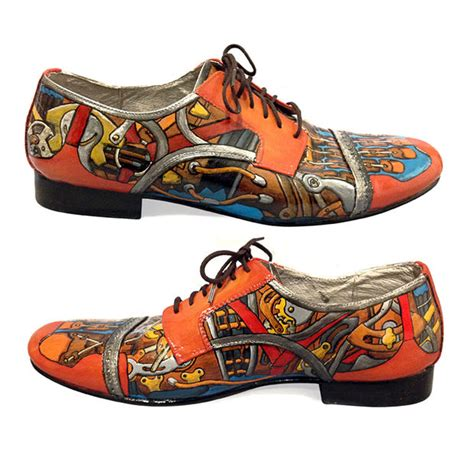 acrylic paint on leather shoes how to paint leather shoes