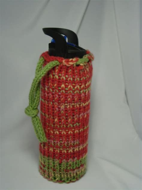 knitting pattern for water bottle loom knitted water bottle holder by 3bluedogsandme on etsy