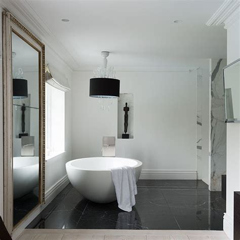 luxurious modern marble bathroom decorating
