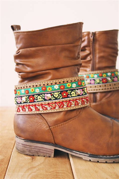 how to make boot jewelry diy boot jewelry by wilma