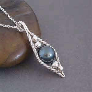 how to make jewelry with wire and stones 348 best wire jewellery images on jewelry