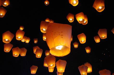sky lanterns pottering about taipei 游逛在台北里