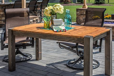 cedar patio table cedar patio table buildsomething