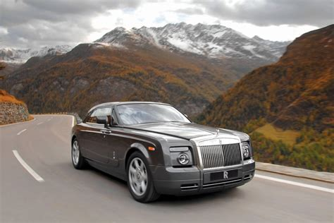 how to learn about cars 2010 rolls royce ghost parking system rolls royce phantom coupe specs 2008 2009 2010 2011 2012 autoevolution