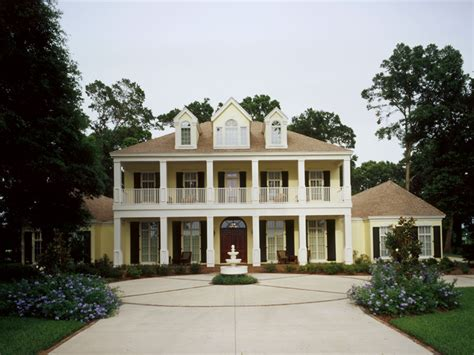 plantation style homes le georgian home plan 020s 0002 house plans and more