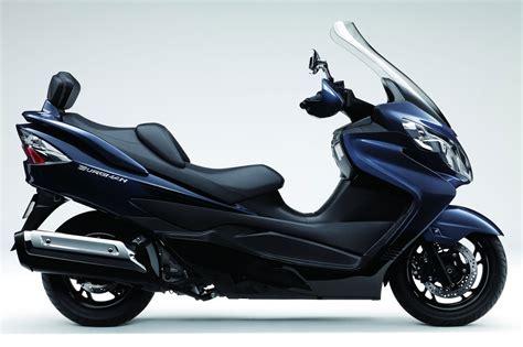 2013 Suzuki Burgman by Motorbike 2013 Suzuki Burgman 400 Abs Review