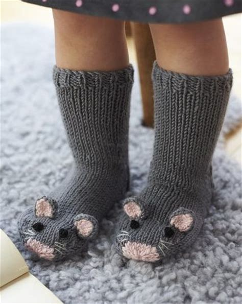 knitted animal socks best 25 knit slippers pattern ideas on free