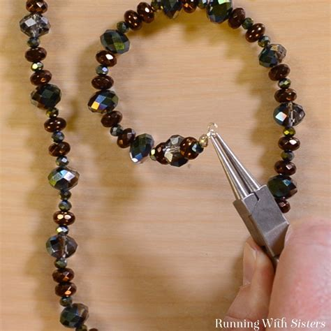to make beaded jewelry learn to make jewelry beautiful easy beaded necklace