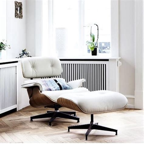 Eames Chair History by The History Of The Eames Lounge Chair