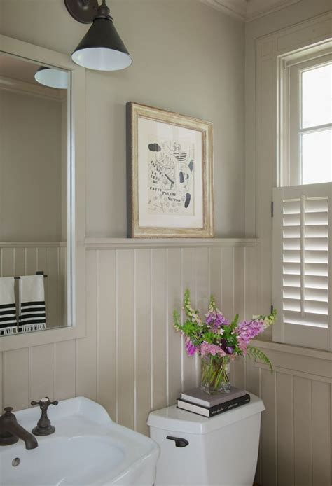 bathroom ideas with wainscoting best 25 painted wainscoting ideas on hallway