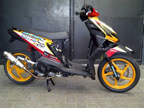 Modifikasi Motor Race by Kumpulan Gambar Modifikasi Honda Beat Ala Road Race