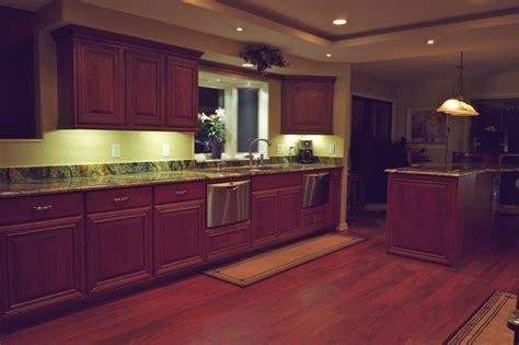 best led cabinet lighting best led cabinet lighting manicinthecity